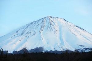 14.01.09富士山写真北東UP